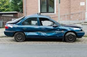 Rost am Auto entfernen