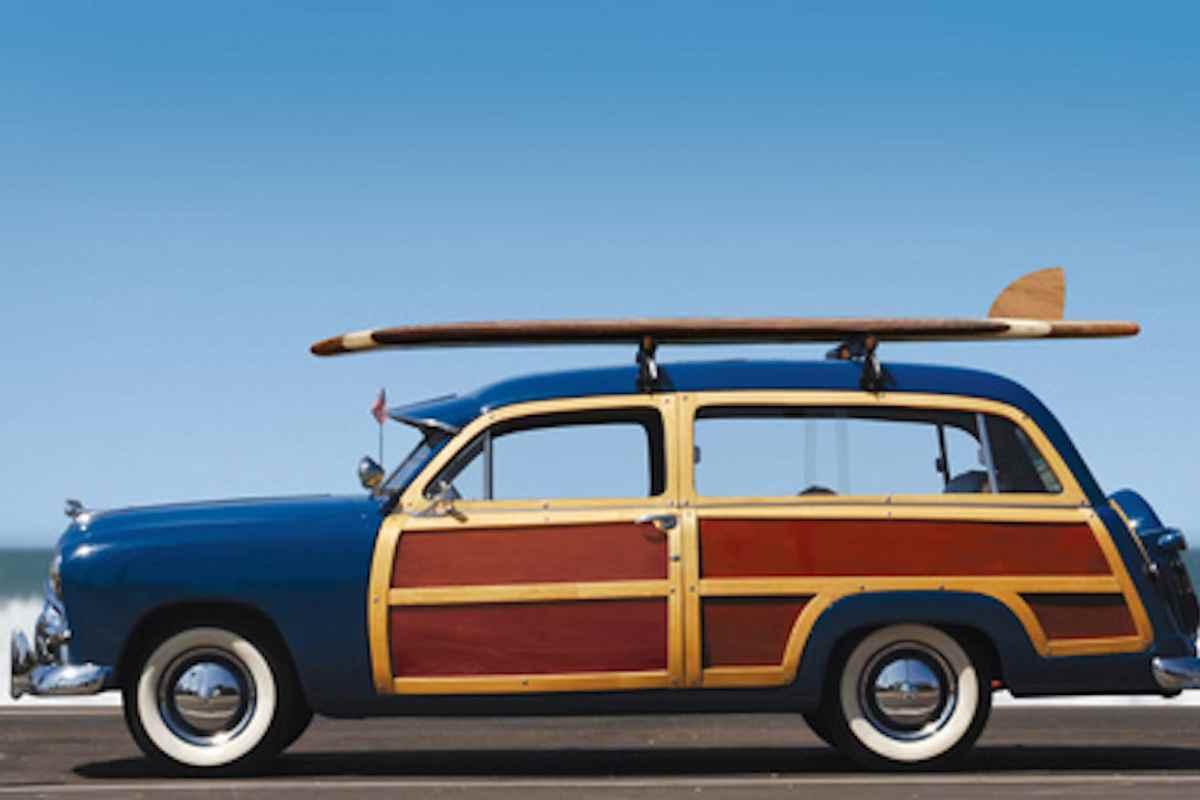 surfbrett im auto transportieren so reisen sie sicher. Black Bedroom Furniture Sets. Home Design Ideas