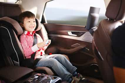 Kinder, Finger weg von elektrischen Fensterhebern