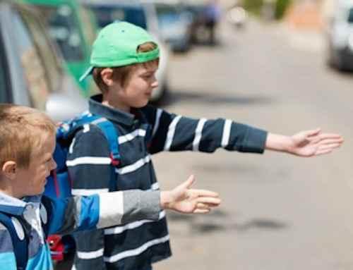 Kinder im Straßenverkehr: Darauf müssen Eltern achten