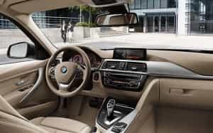 Innen sehr übersichtlich: der BMW-Kombi