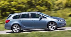 Opel Astra Sports Tourer in Aktion