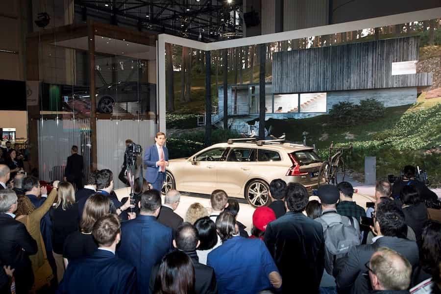 Neue Kombis 2018: Feierliche Enthüllung des neuen Volvo V60